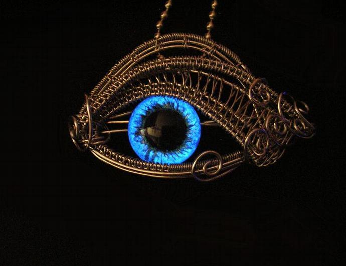 GLOW - Steampunk Gothic - Dragon Evil Eye - Pendant - Cerulean Blue Silver -