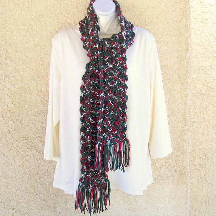 Winter Scarf, chunky crochet in Christmas colors