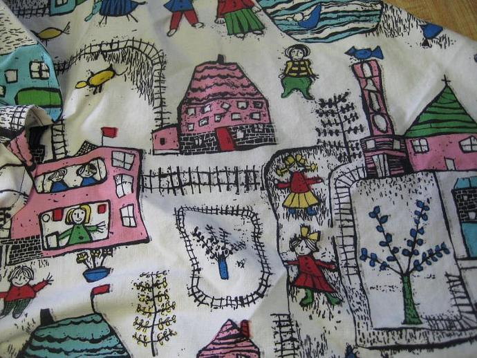 Busy Neighborhood Teddy Bed - Size Large with Ruffle