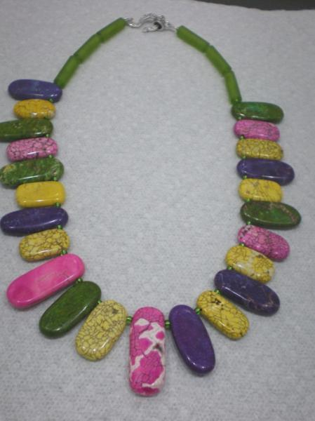 Howlite tourquoise multicolored necklace