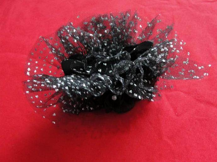 Black Sparkle Embellished Claw Hairclip
