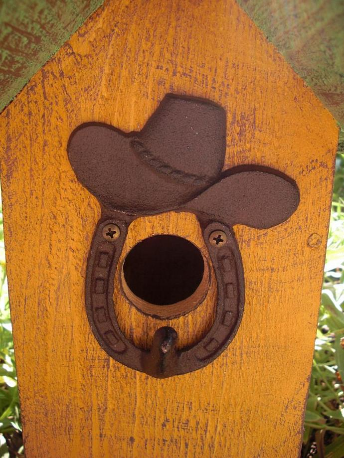 Birdhouse - Horseshoe Cowboy Hat