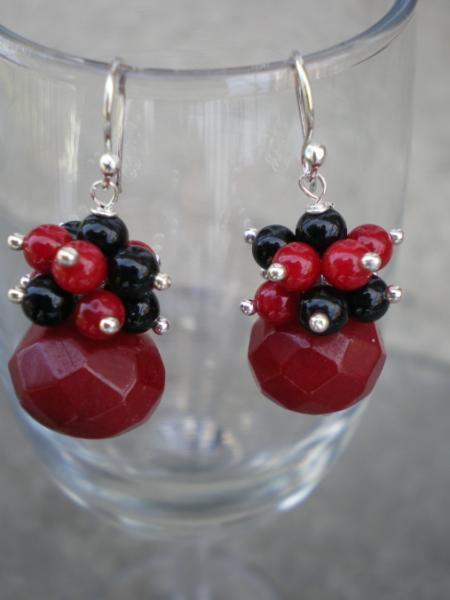 coral and onyx earrings