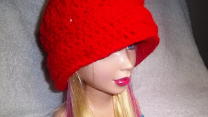 Crocheted Candy Apple Red Brimmed  Cloche For Women (sm/med./lg)