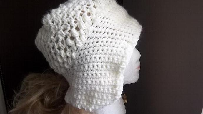 Women's Off-White Dutch  Hat /Cloche/Bonnet With Pigtail Inserts
