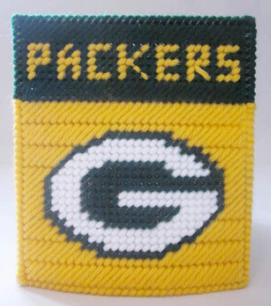 Green Bay Packers tissue box cover in plastic canvas PATTERN ONLY