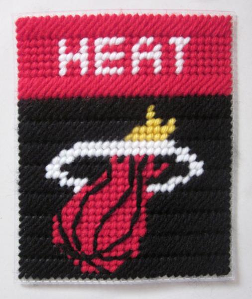 Miami Heat tissue box cover in plastic canvas PATTERN ONLY