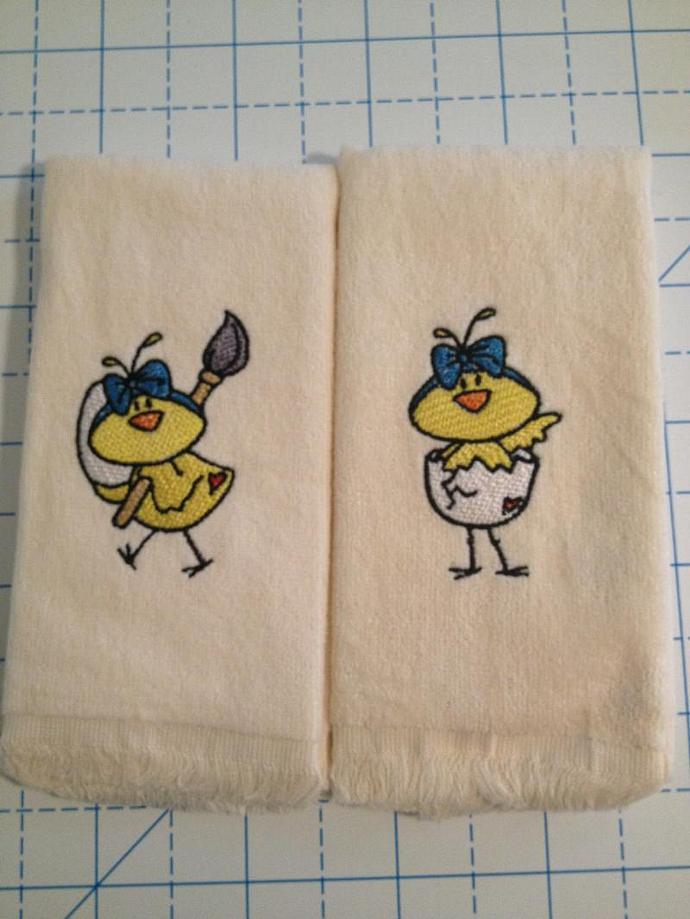 EASTER CHICKS fingertip towels