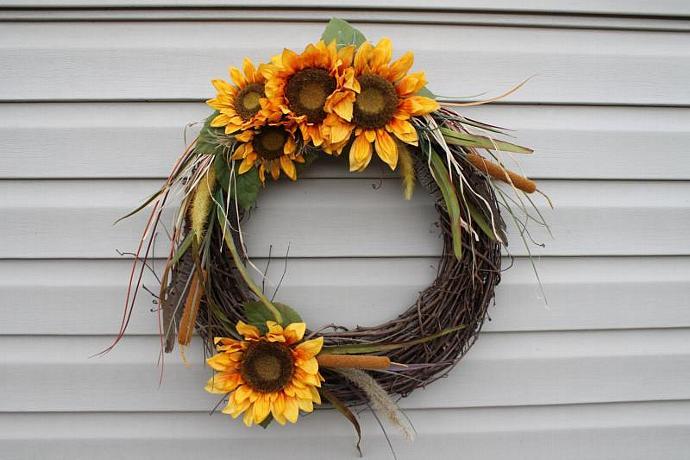Summer or fall wreath.  Fall decor.