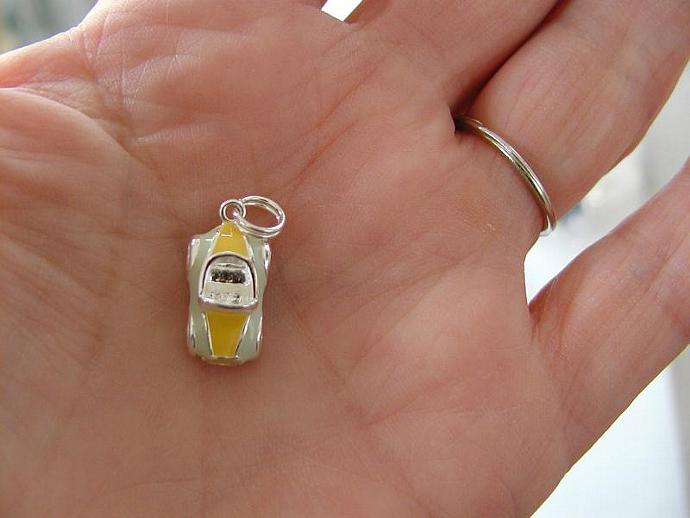 Yellow/Pale Green  SS Enamel Car Charm