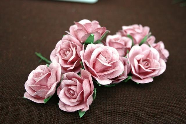 70 SHABBY BEAUTIFUL handmade mulberry paper roses and flower plus case mauve and