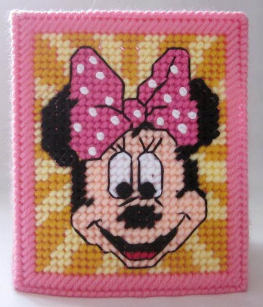 Minnie Mouse tissue box cover in plastic canvas PATTERN ONLY