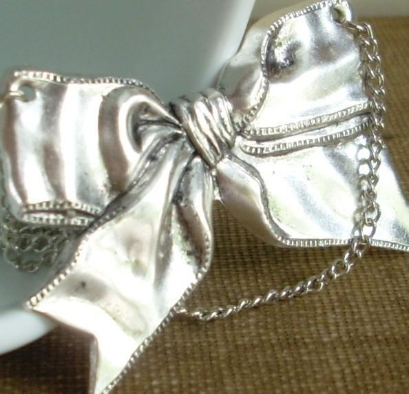 Simple Silver Bow Necklace - All Wrapped Up