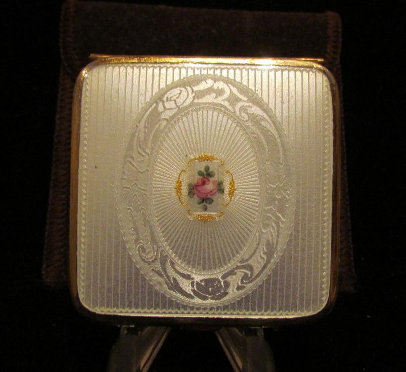 Vintage guilloche compact 1930s bliss powerofonedesigns for Property brothers bliss