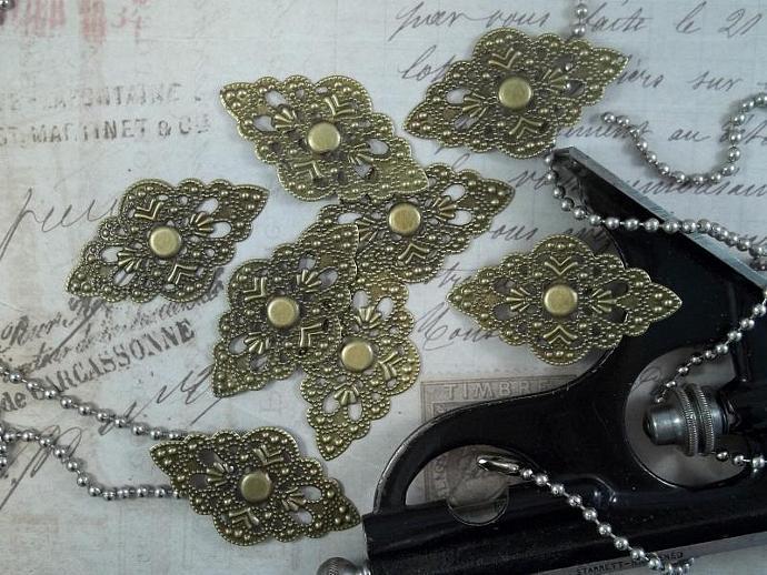 Bronze Filigree Embellishment (Item #676-B)
