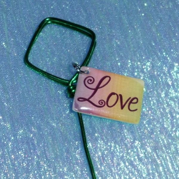 6 Diamond Shape Green aluminum wire table card holders with Rainbow Love charm 8