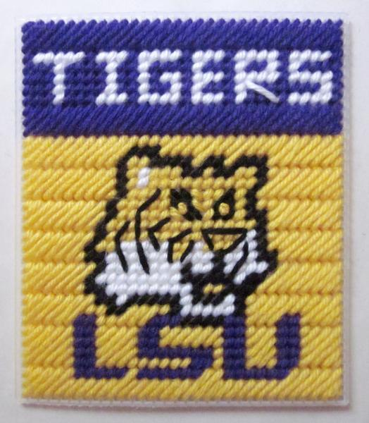 LSU Tigers tissue box cover in plastic canvas PATTERN ONLY