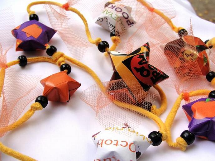 Halloween JunkMail Jewels Paper Garland