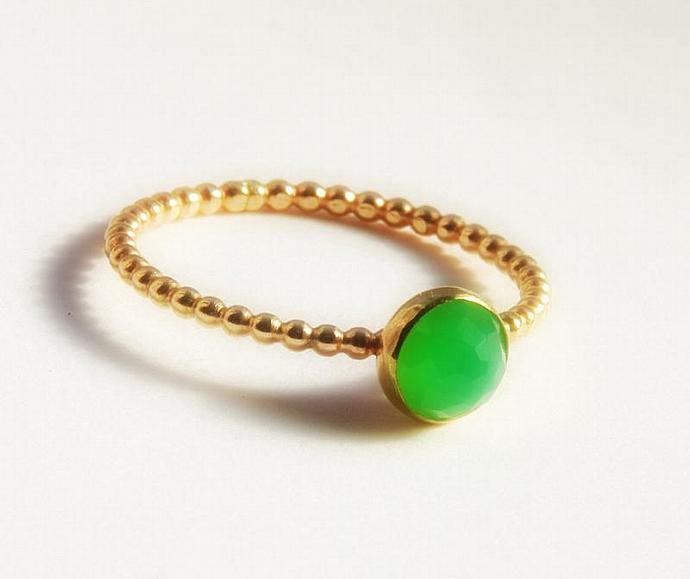 Rose Cut Green Chrysoprase Gemstone Ring, Stackable Gold Ring,  Gold Stacking