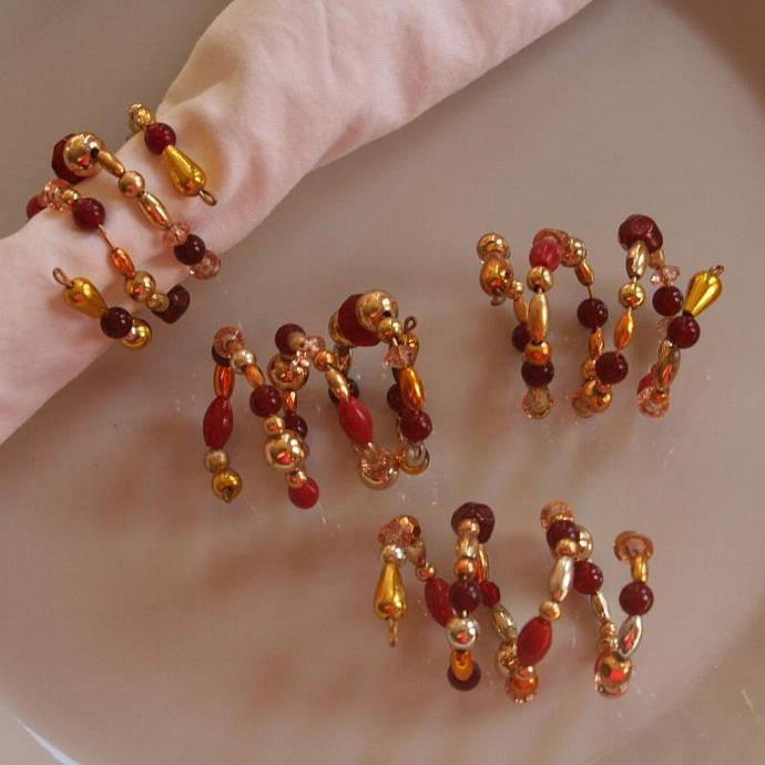 Beaded Napkin Rings Red (Set of 4)