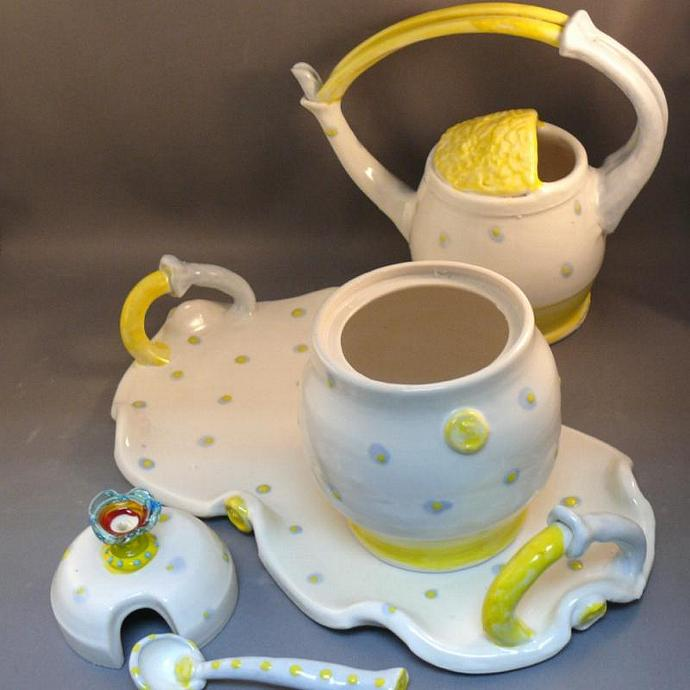 Sugar Bowl and Creamer Pitcher Set