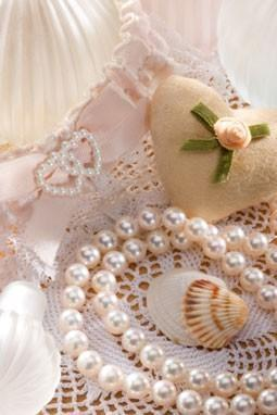 VANILLA LACE and PEARLS--All Natural Deodorant,Loads of Skin Lovin Oils and