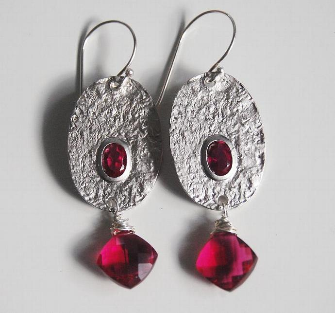 Rodholite    Quartz  and  Oval  Connector  Dangle  Drop  Earrings