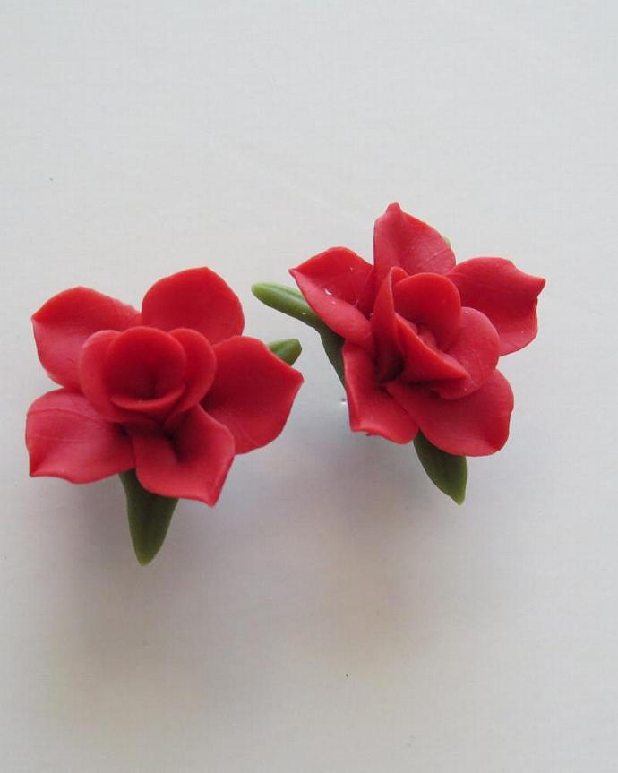 Red Cold Porcelain Post  Floral Earrings