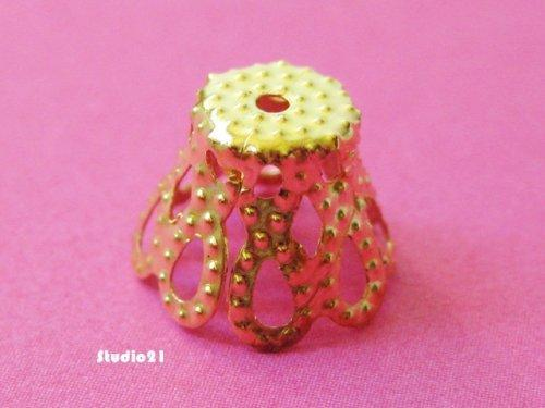 50 pcs of Bright Gold Finish Small Flower Bead Cap