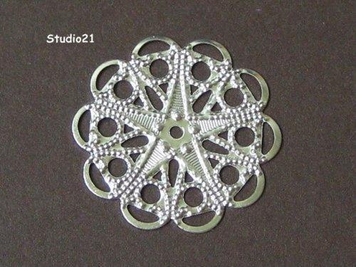 4 pieces of Bright Silver Finish Round Filigree