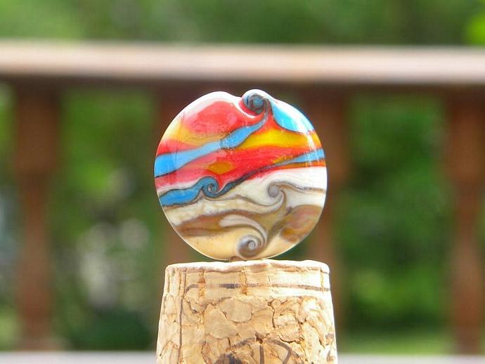Round button shaped lamp work bead