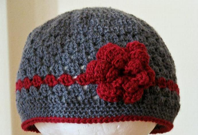 Children's Beanie with Flower in Charcoal and Cranberry