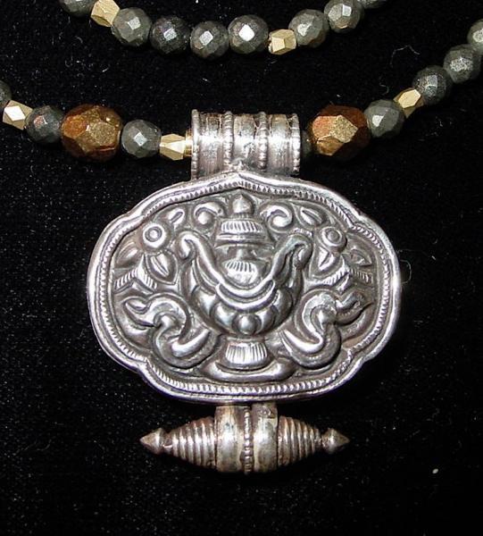 Treasure Vase Gau Pendant Nidhana Kumbha Abundance Ashtamangala 8 Auspicious