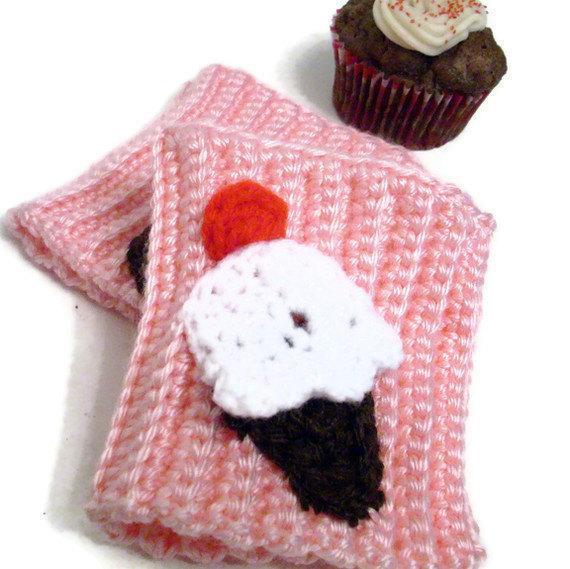 Cupcake wrist warmers in pink