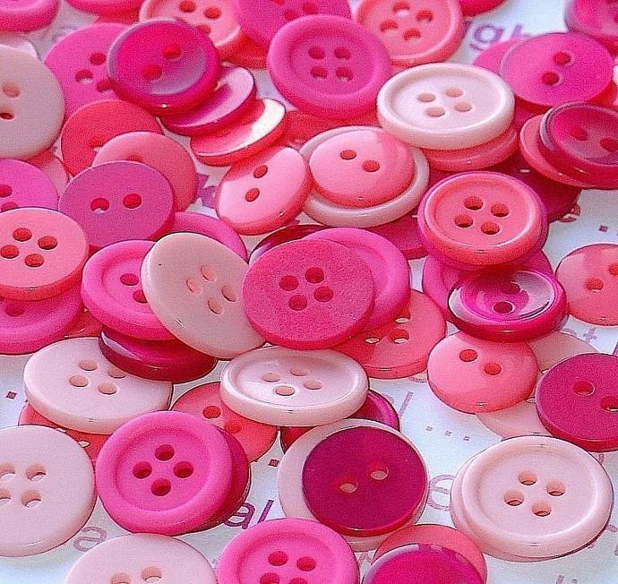 lots of pink magenta buttons / 100 pieces assorted sizes & finishes