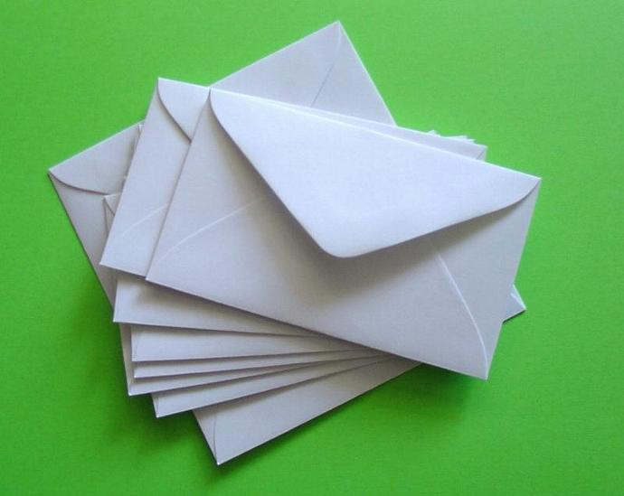 50 mini white envelopes for gift enclosures and biz cards