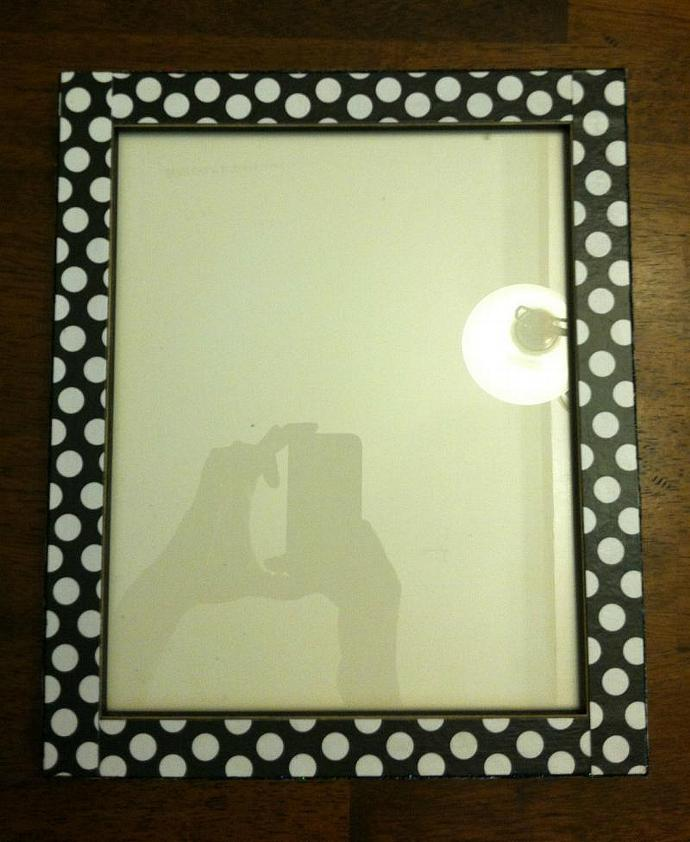 8 x10 Black with White Polka Dot Frame