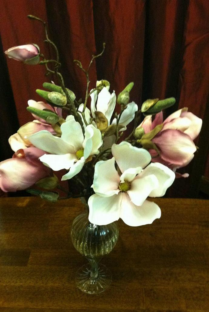 Magnolia's in Boutique Vase