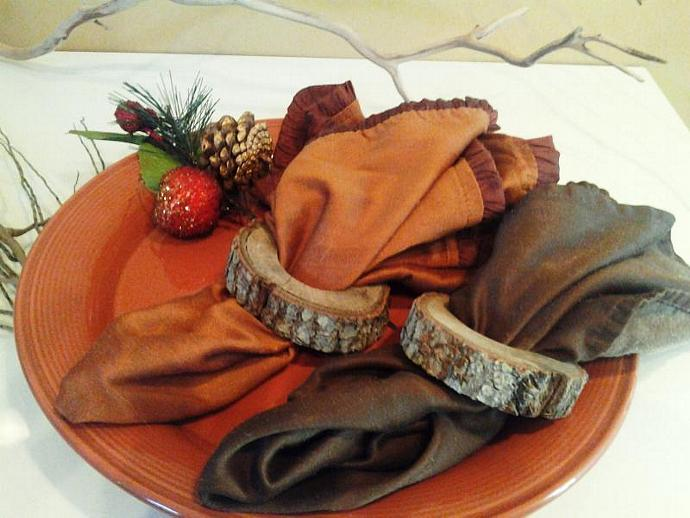 6 Rustic Oak Tree branch Napkin rings -  Holidays -  Thanksgiving - Christmas -