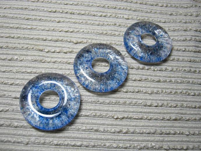 ONE Glass Meditation Pendant / Round Donut Focal Bead / Clear with Blue & Pale