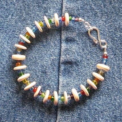 Glass bead and wood bracelet
