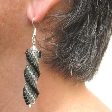 Beaded  helix earrings black grey