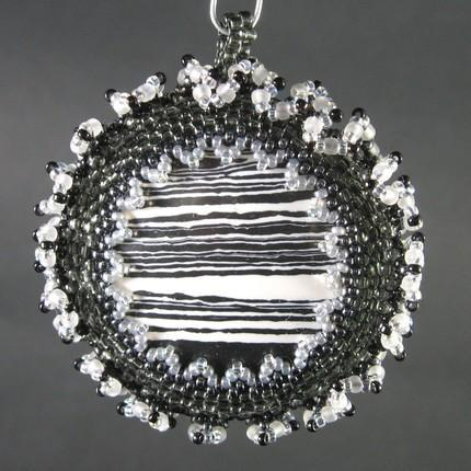 Black and white agate beadwork pendant