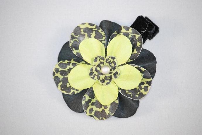 .Lime Green Cheetah Flower Hair Clippie