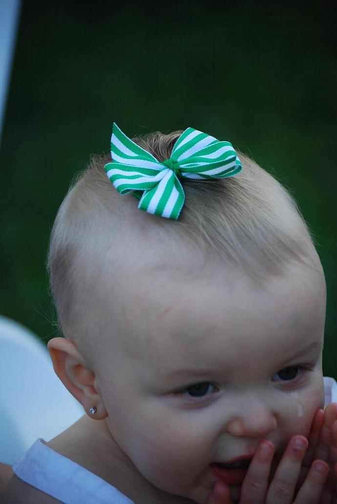 Kelly Green Striped Pin Wheel Bow