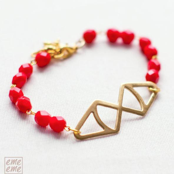Red glass bracelet with Brass triangles -  Friendship Bracelet - faceted glass