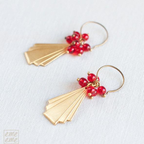 Triangle brass earrings with red glass beads - drop earrings - dangle earrings -