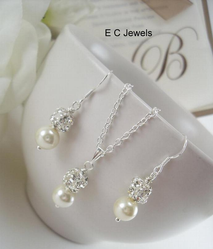 SET of Pure Elegance Earrings and Pendant - Pick your Color