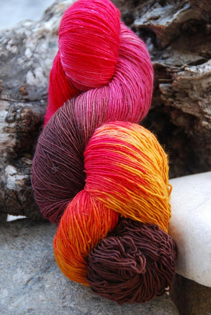 handdyed Yarn, 100g/ 3,5oz , colour 15