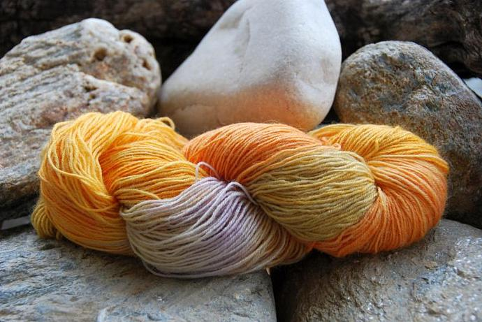handdyed Yarn, 100g/ 3,5oz , colour 37